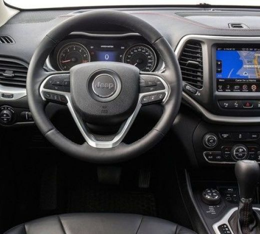 Jeep Cherokee New interior 1