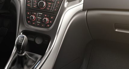 Opel Astra J Sedan interior 2